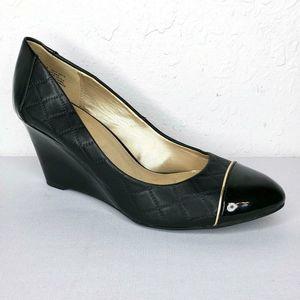 Bandolino Joyleen Patent Leather Quilted Wedges